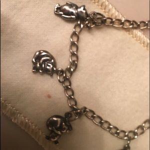 Jewelry - Disney Winnie the Pooh bracelet